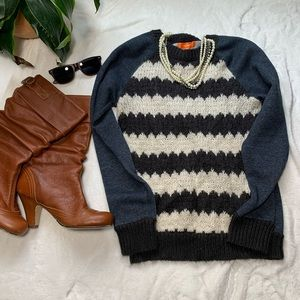 Joe Fresh blue top with knitted blk & white front